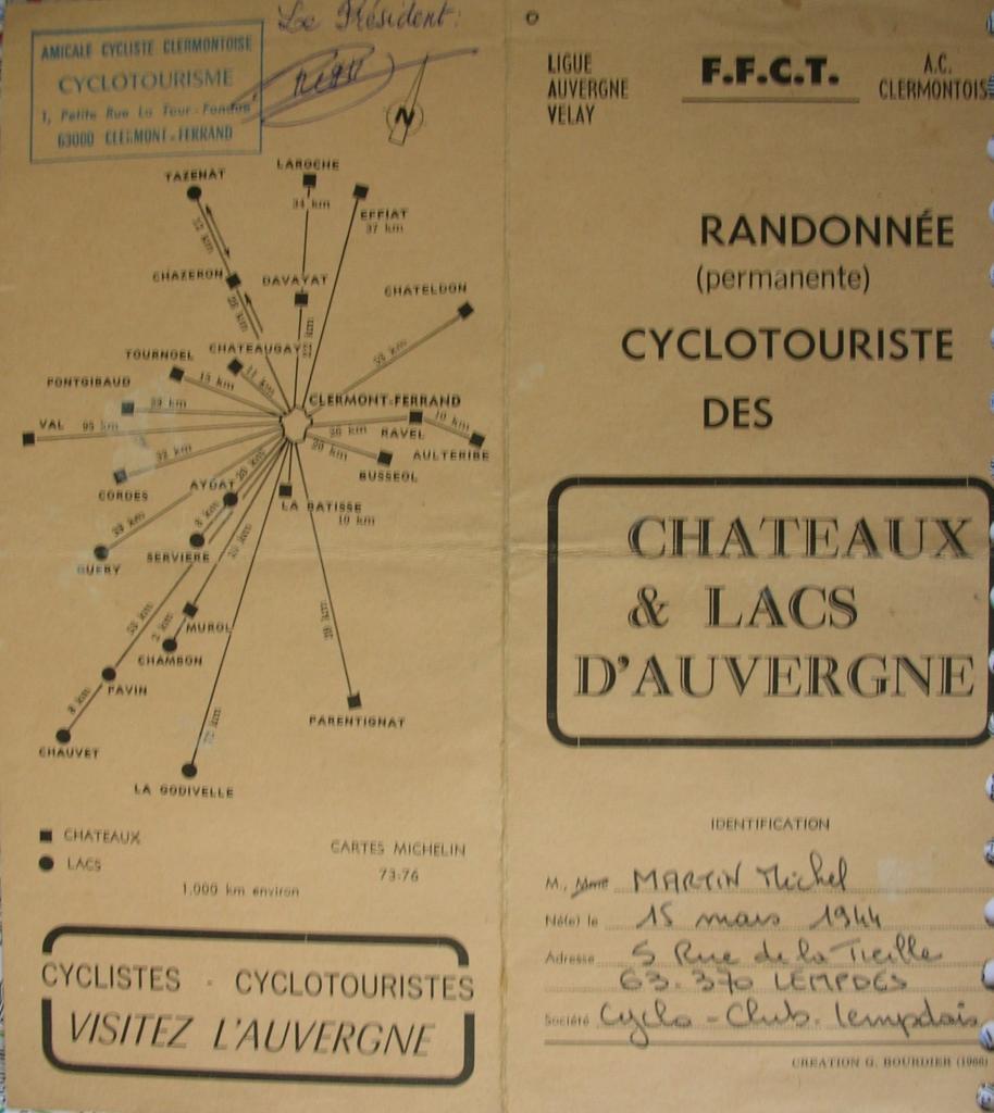 1976-chateaux-et-lacs-d-auvergne.jpg